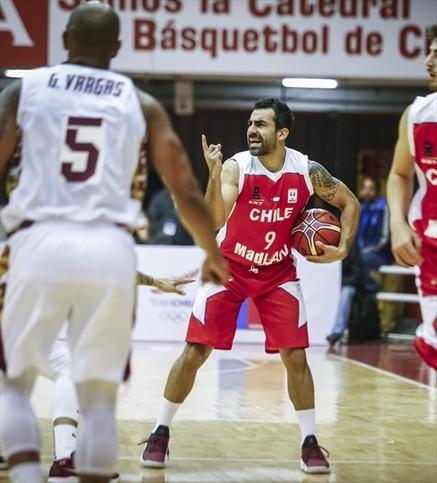 """Erik Carrasco: """"Jugaremos ante equipos muy superiores a nosotros"""""""