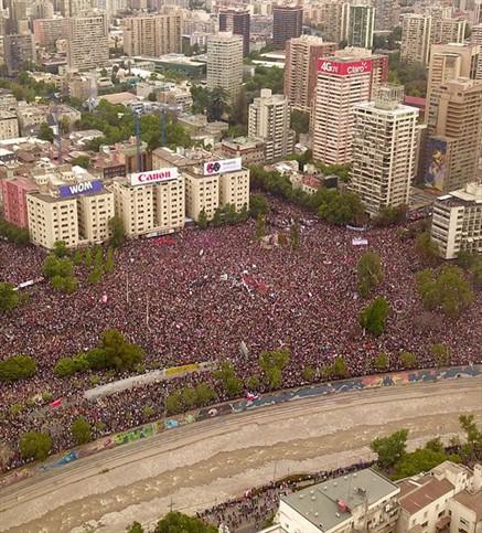 Chile en las calles: protesta y emergencia
