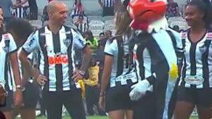 Corpóreo del Atlético Mineiro fue despedido tras repudiable comportamiento con jugadora del club