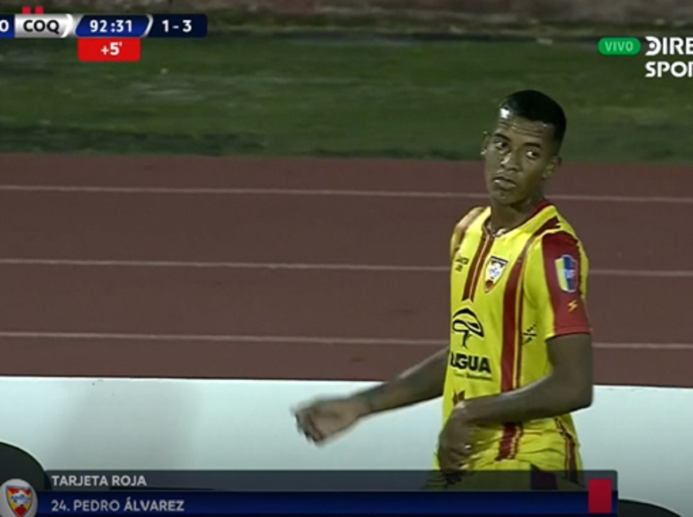 Insólito: futbolista de Aragua siguió jugando después de ser expulsado ante Coquimbo Unido
