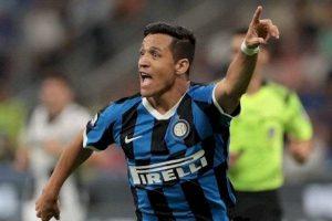 """Prensa italiana se deshizo en elogios para Alexis: """"El mejor del partido. Sigue creciendo"""""""