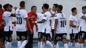Mario Salas decidió dejar a Óscar Opazo fuera del once titular de Colo Colo para el duelo ante Curicó