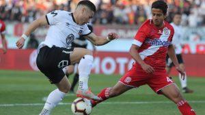 Curicó Unido y Colo Colo confirman formaciones para el duelo de este lunes en el estadio La Granja