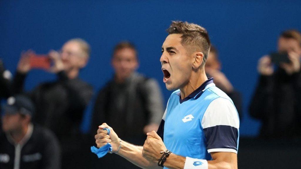 Alejandro Tabilo venció a Paolo Lorenzi y avanzó a los octavos de final del ATP de Santiago