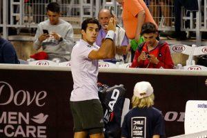 Con mucha angustia Cristian Garin se instaló en los cuartos de final del ATP 250 de Santiago
