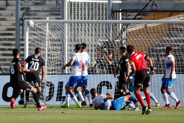 EN VIVO:  Se suspendió el partido entre Colo Colo y la UC por incidentes