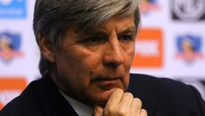 Mayne-Nicholls y nuevo entrenador para Colo Colo: Nos gustaría que estuviera para el partido ante Wilstermann