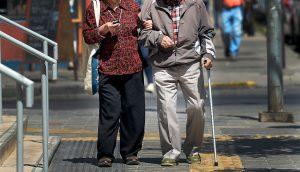 Servicio de Salud Occidente reforzará entrega de medicamentos a domicilio para adultos mayores
