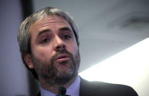 Ministro Blumel viajará a Viña del Mar tras reunión de comité de seguridad en La Moneda