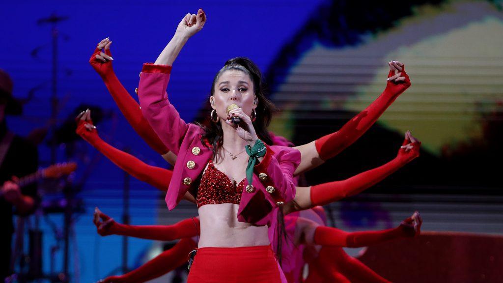 Fran Valenzuela cerró una noche redonda en Viña 2020 con un sólido show