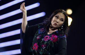 """""""Señoras reacts"""": Tuitero recopiló las reacciones de las fanáticas de Ana Gabriel"""