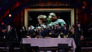 Pimpinela cerró la tercera noche de Viña 2020 con un emotivo show