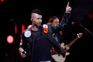 Maroon 5 ofreció una tibia presentación en el Festival de Viña 2020