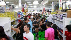 Estudio reveló que el 54% de los chilenos cree que gastos de marzo serán mayores a los de 2019