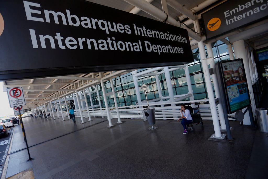 Certificados en línea y permisos de Aduana: Segpres entrega consejos para evitar problemas al viajar