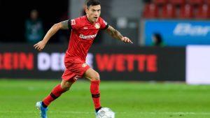 Charles Aránguiz formó parte en la campaña del Bayer Leverkusen en contra de la xenofóbia