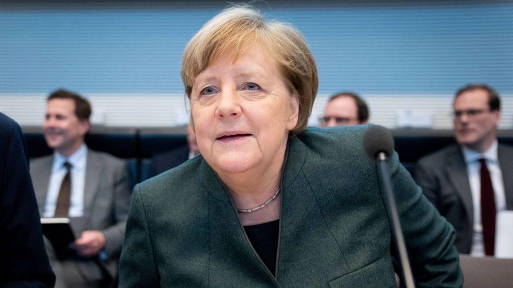 Merkel se queda sin sucesor por la crisis de Turingia