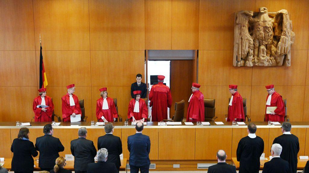 TC alemán declaró inconstitucional penalizar el suicidio asistido