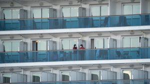 Japón: comenzó desembarco de los pasajeros del crucero en cuarentena por Covid-19