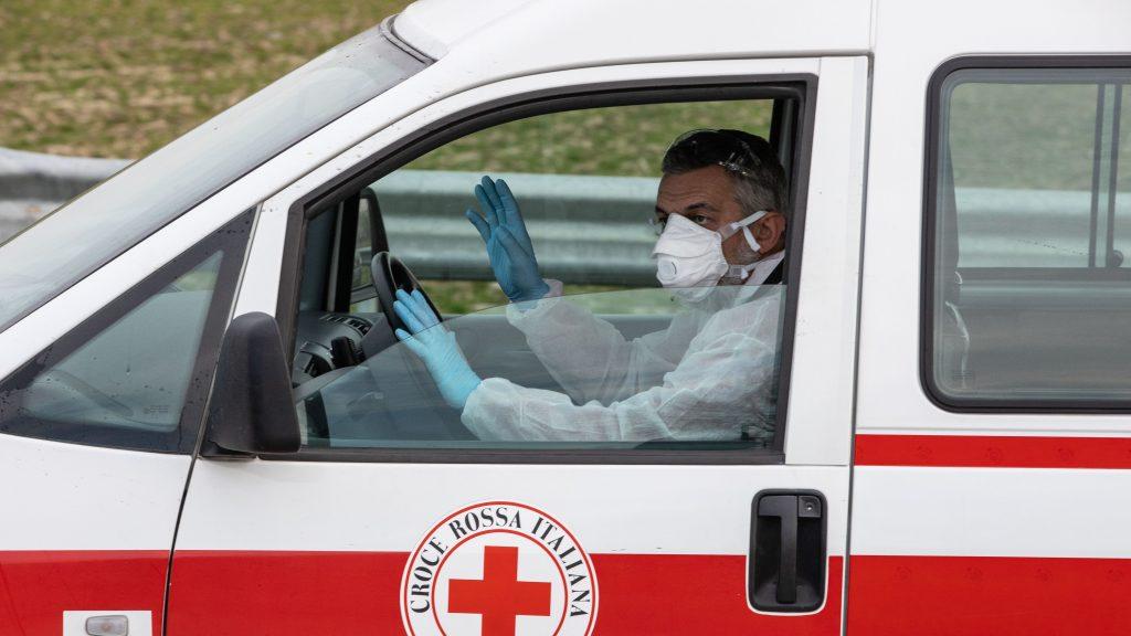 Tres personas fallecieron en Italia por el coronavirus COVID-19