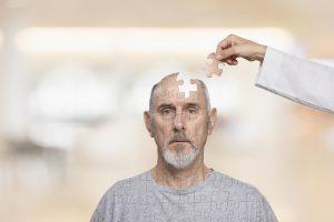 La crisis sanitaria de la salud mental en Chile según el psiquiatra Alberto Larraín
