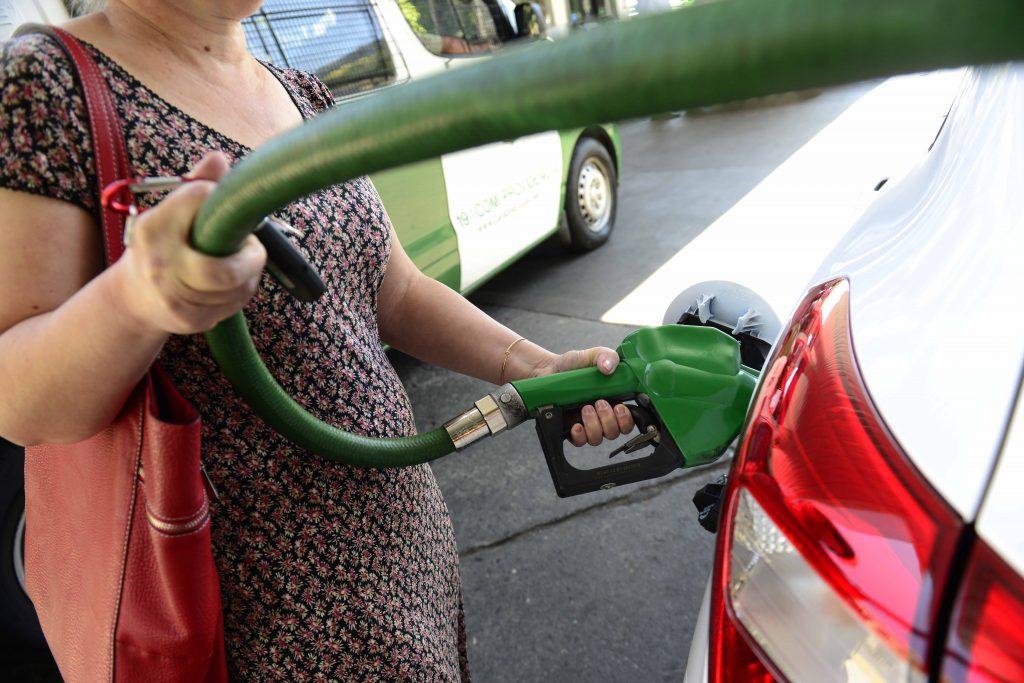 Gasolina de 93 octanos cae $6 por litro por cuarta semana consecutiva