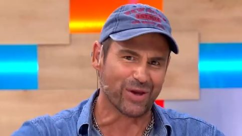 Humorista Paulo Iglesias fue criticado por chiste sobre Violeta Parra