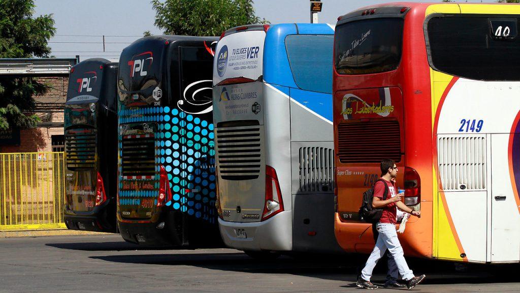 Alcalde de Estación Central pidió el cierre de los terminales de buses en la comuna