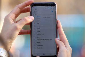 Conectividad en Chile creció en siete años: Estudio reveló que el 80% de la población usa internet en 2020