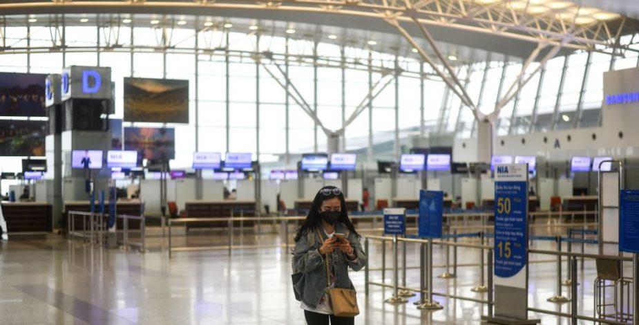 Vietnam limita los vuelos aéreos y suspende las reuniones públicas por el Covid-19