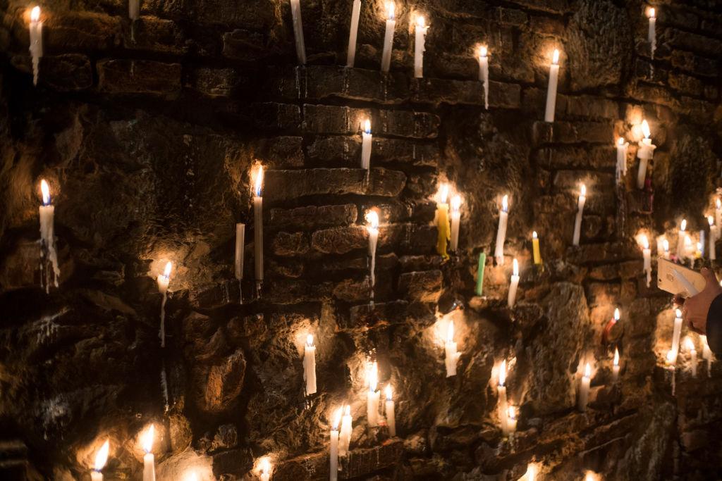 Ciudadanos colombianos realizan homenajes a defensores de derechos humanos asesinados