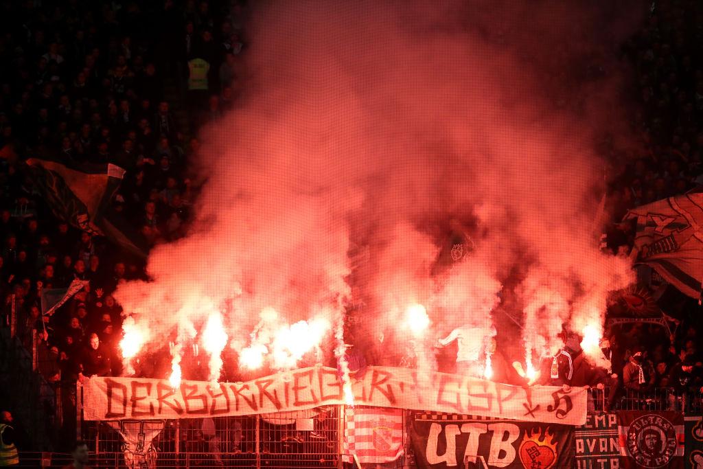 La protesta de los hinchas del Werder Bremen