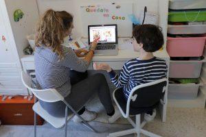 """Vinka Jackson y el control de la ansiedad en niños con cuarentena y clases online: """"Es más importante el bienestar psicológico que hacer la ficha"""""""