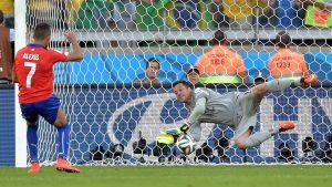 Julio Cesar confesó que eliminar a Chile del Mundial 2014 fue el mejor momento de su carrera