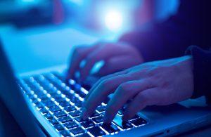 Exfiscal Sabas Chahuán aconseja cómo prevenir las estafas cibernéticas en el contexto de la crisis sanitaria