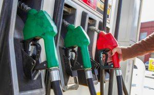 Los combustibles bajarán sus precios por quinta semana consecutiva