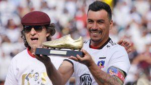 """Joaquín Larrivey elogió a Esteban Paredes: """"Es una especie de Palermo en el fútbol chileno"""""""