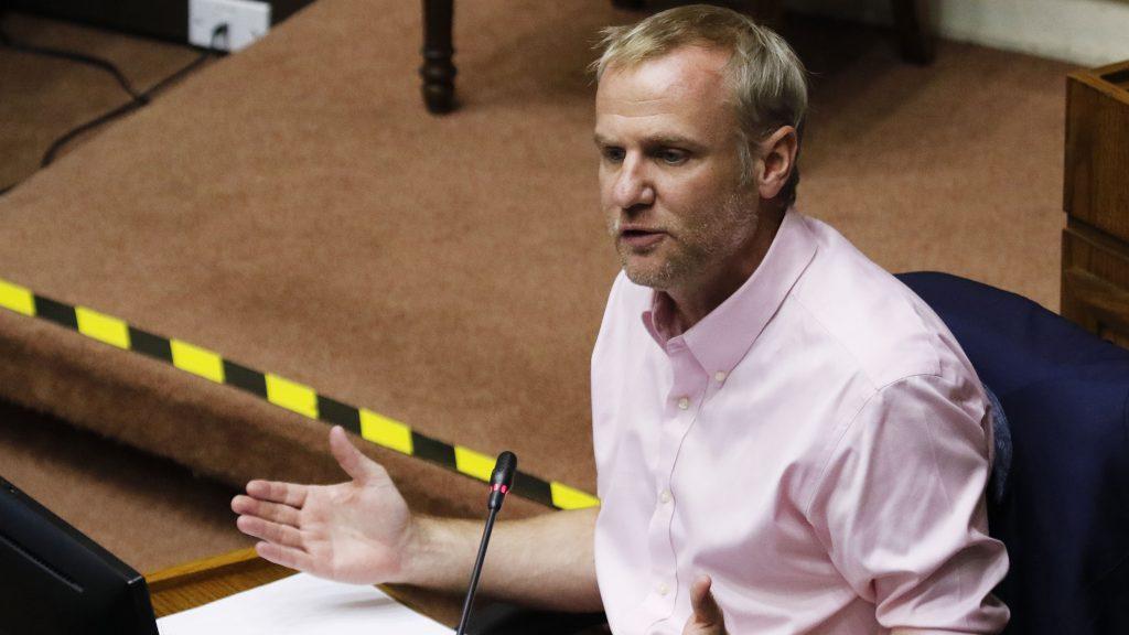Felipe Kast por coronavirus: Vamos a necesitar un segundo paquete de medidas económicas