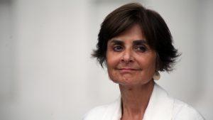 """Paula Daza: """"Una de las prioridades más importante es cuidar a nuestro personal de salud"""""""