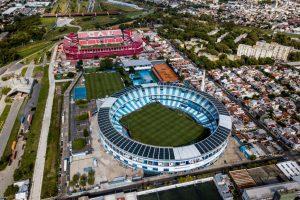 """Desde la AFA aseguran que la FIFA está """"pensando en reprogramar todo"""" por el Covid-19"""