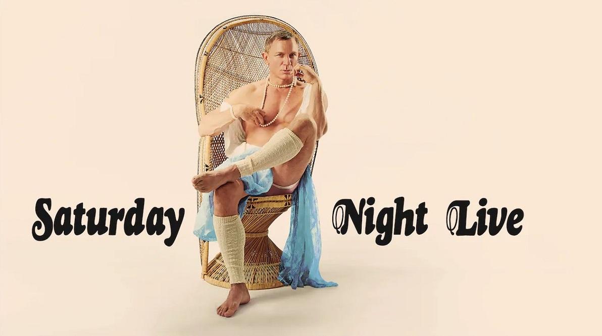 Una imagen de campaña del episodio de SNL con Daniel Craig