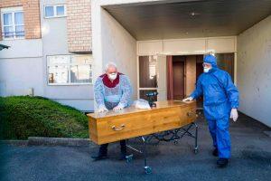 España, Italia y Francia informaron una baja en los fallecimientos por el coronavirus