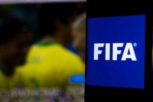 FIFA propone extender automáticamente los contratos que terminen el 30 de junio