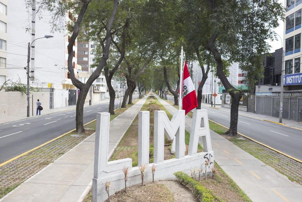 Las calles vacías en la capital peruana Lima durante el aislamiento por el Covid-19