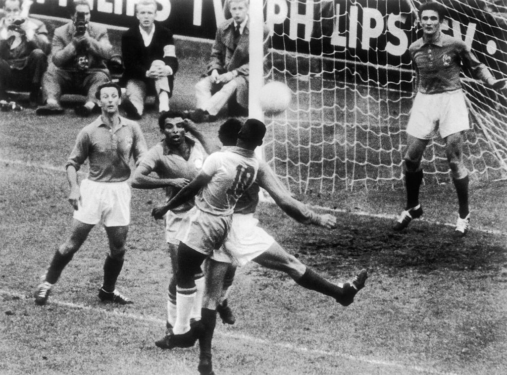 Pelé jugando por Brasil en el Mundial de Suecia 1958