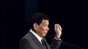 Presidente de Filipinas ordenó disparar a quienes infrinjan la cuarentena del Covid-19