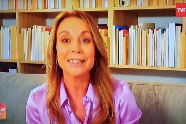 Se había vuelto viral: Karen Doggenweiler aclaró por qué ordena sus libros al revés