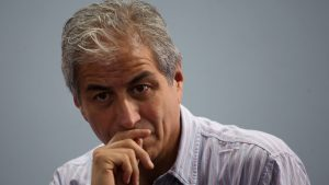 """Presidente del Colegio de Profesores: """"Piñera no parece estar en un estado psicológico adecuado"""""""