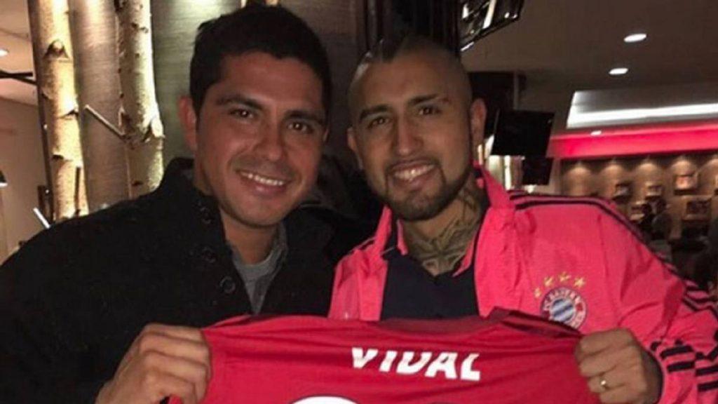 """Miguel Riffo a 15 años del debut de Vidal: """"Sabíamos que técnicamente era extraordinario"""""""