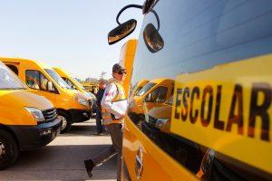 Postergan tres meses el pago del permiso de circulación de taxis, buses y transporte escolar